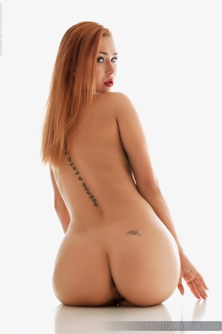 justyna monde nude
